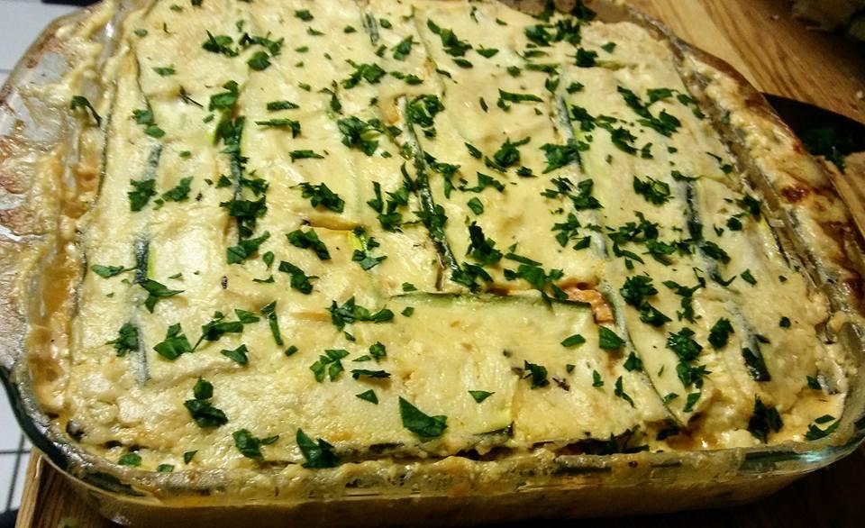 Ketogenic-Chicken-Alfredo-Zoodle-Lasagna