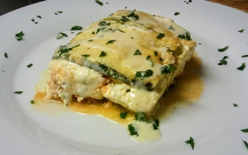 Keto-Chicken-Alfredo-Lasagna
